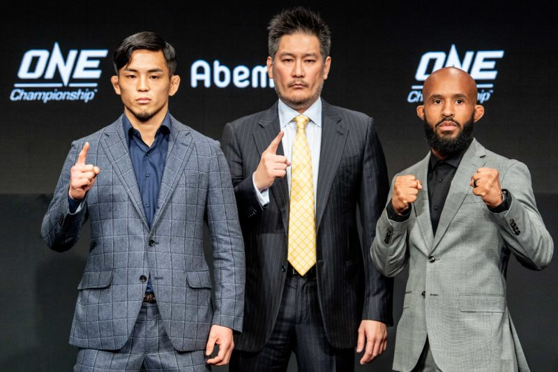 Yuya Wakamatsu and Demetrious Johnson meet at the ONE Championship: A New Era press conference