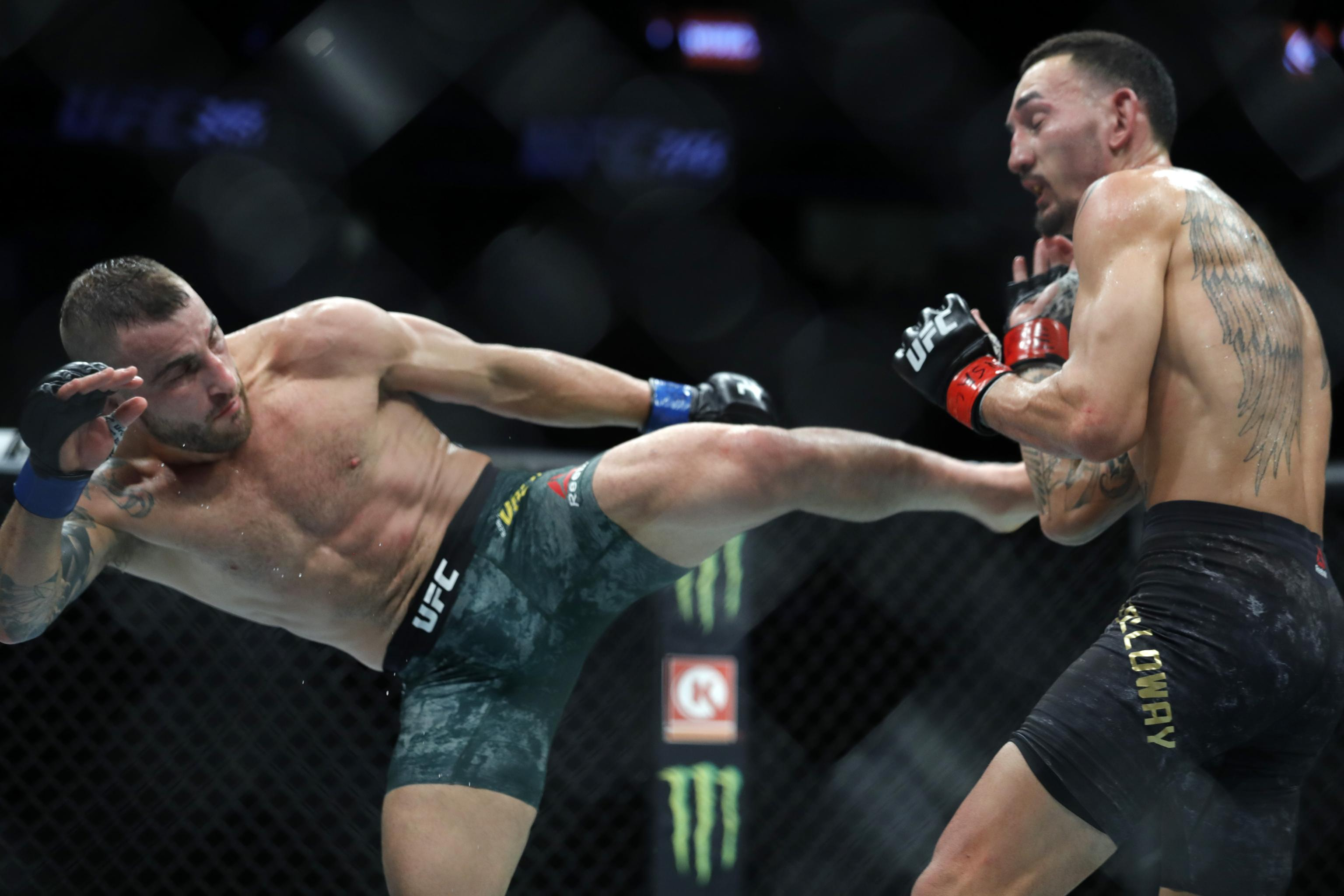 Alexander Volkanovski vs. Max Holloway live blog, play-by-play updates, results, highlights from the vacant UFC Featherweight Championship fight at UFC 251: Fight Island.
